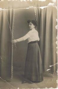 Abuela María Joven