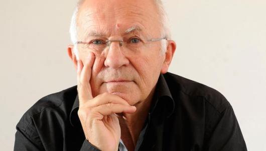 François Dubet señala que hay prácticas sociales que producen desigualdades.